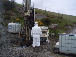 Operarios de proyecto de suelos contaminados y aguas subterráneas